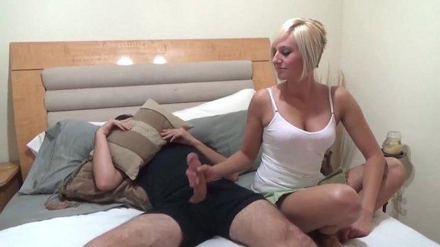 Парень Нажирался Виагры И Позвал Сестру На Помощь Смотреть Онлайн Порно Видео Бесплатно Инцест